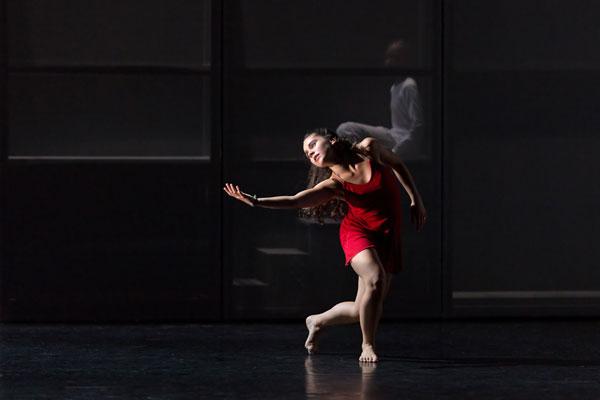 ROMEO ET JULIETTE Carré Belle Feuille spectacle de danse contemporaine
