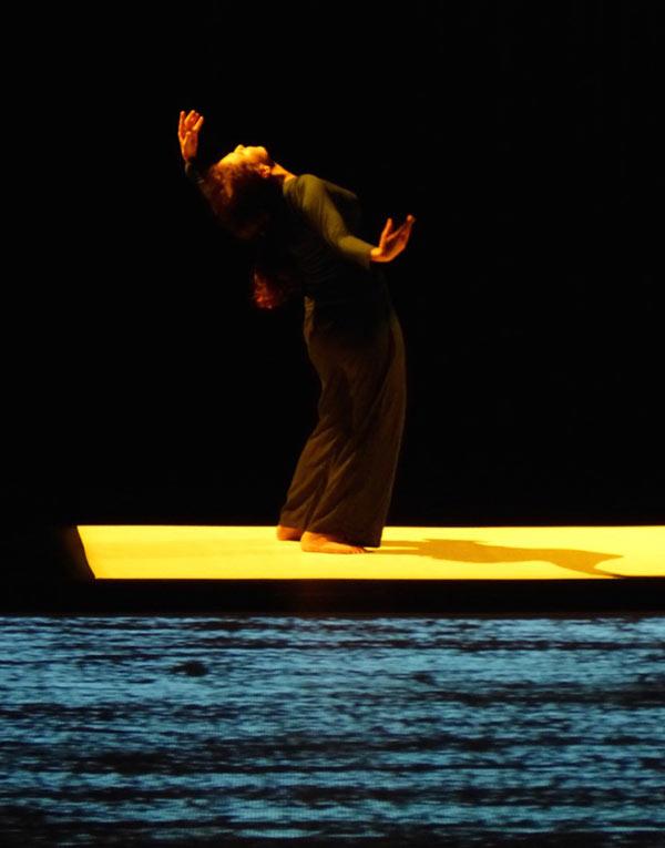BHOPAL BLUE Thêatre du Soleil spectacle de danse contemporaine