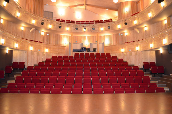 salle theatre charly