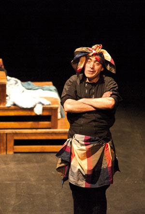 NOIR/LUMIERE TARTUFFE Théâtre du Grand Rond pièce de théâtre contemporain