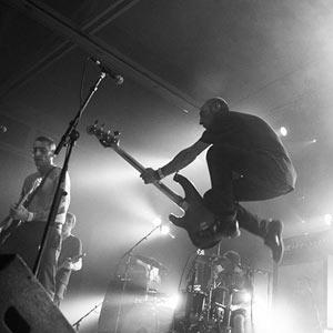 BURNING HEADS + ANCHOR DROPS OMEGA LIVE concert de rock