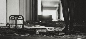 ENTRER, SORTIR, NE PAS S'ATTARDER THEATRE CLOCHARDS CELESTES pièce de théâtre contemporain