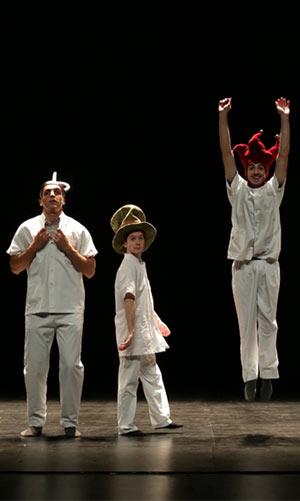 LOGIQUIMPERTURBABLEDUFOU Espace Albert Camus pièce de théâtre contemporain