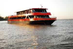 DINER-CROISIERE SUR LE SICAMBRE Ponton Bordeaux River Cruise événement
