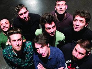 LES HURLEMENTS D'LEO L'ORANGE BLEUE concert de rock