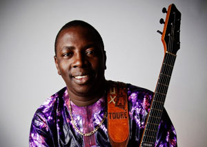 VIEUX FARKA TOURE + AFROTIC BLUES SALLE JEANNE D'ARC concert de folk country