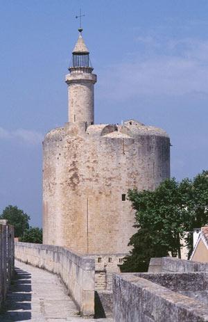 TOURS ET REMPARTS D'AIGUES-MORTES REMPARTS D'AIGUES-MORTES visite de monument