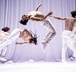 Danse contemporaine BOYS DON'T CRY CIE HERVE KOUBI THIERS